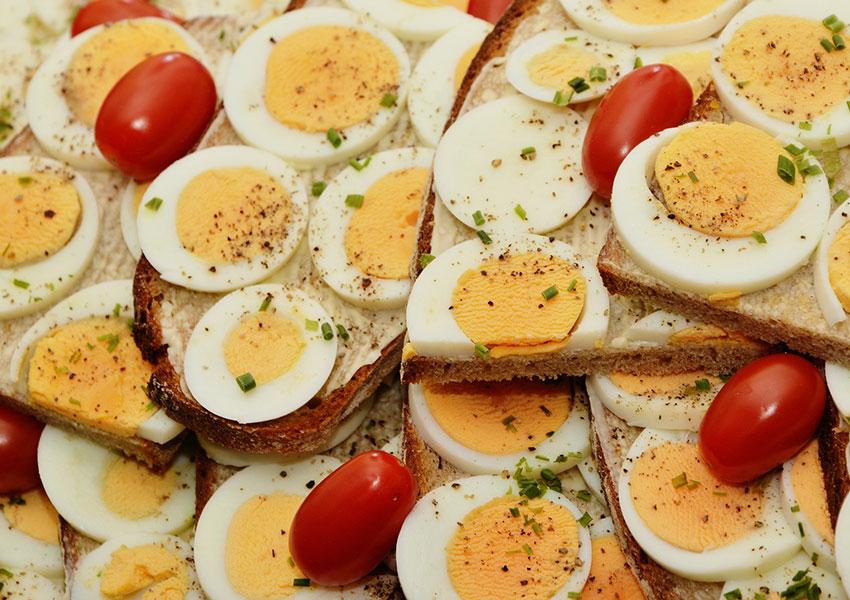 Sandwich de huevo: Requiere frío